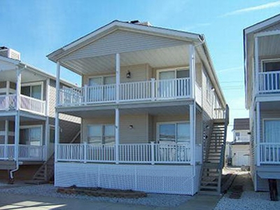 4541 West Ave, Ocean city NJ. First floor. Three bedrooms, central-air conditioning, off-street parking. Summer Rental